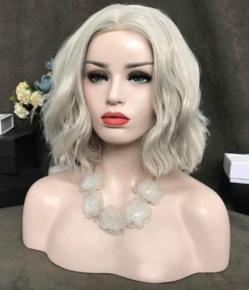 Kylie Jenner Short Blonde Bob - Loose Curl Version