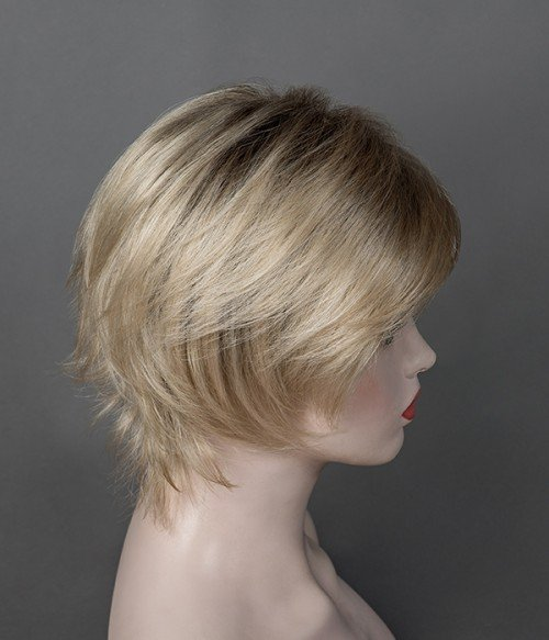 Color: #09R Macadamia  | Platinum Campagne Blonde